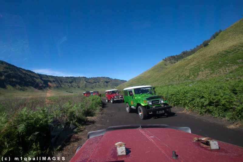 "Savana Bromo - Sejumlah Jeep ""mengarungi"" Savana Bromo - Jawa Timur yang telah mendunia. #IndonesiaHebat"